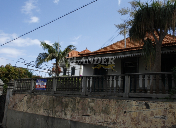 Ref1932, 2 bedrooms house for sale, Santo António, Funchal