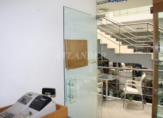 Ref1934, Furnished store for sale, 1 room, Sé, Funchal