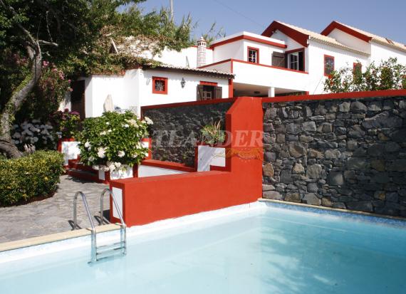 Ref1946, 3 bedrooms villa with independent studio and amazing view for sale, Fajã da Ovelha, Calheta
