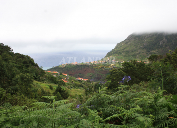 Ref1964c, Land with beautiful view (sea, hills and mountain), Faial, Santana